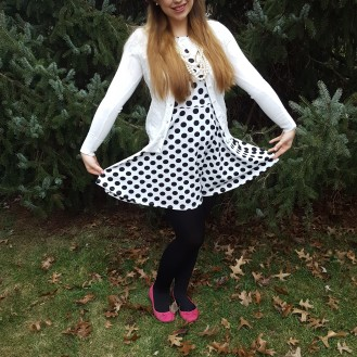 Polka, polka, polka dots, they certainly rock. :)